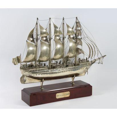 Barco en plata, S. XX.