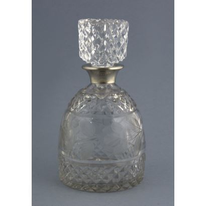 Licorera en cristal y plata, ppios. S. XX.