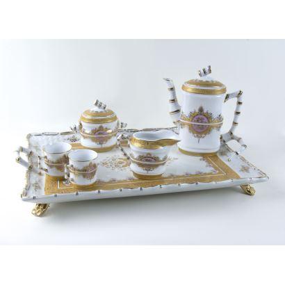 Juego de café en porcelana, S. XX.