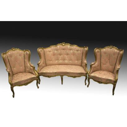 Tresillo estilo Luis XV, S. XIX.