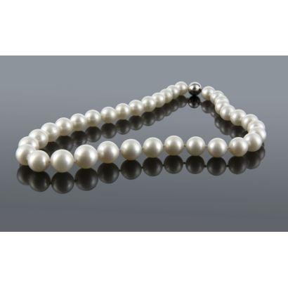 Joyas. Collar de perlas australianas