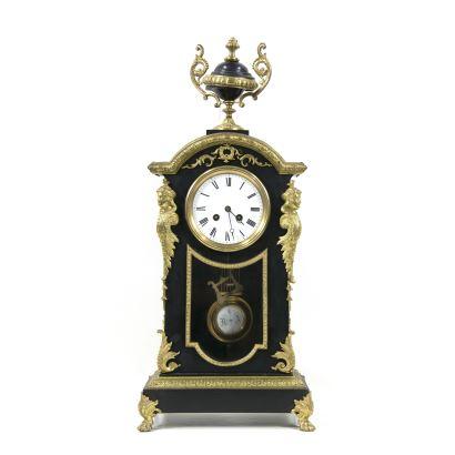Reloj de sobremesa, fin. S. XIX- ppios. S. XX.