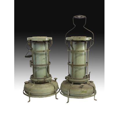 Pareja de lámparas de gas inglesas, mediados del s. XX.