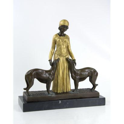 According to DIMITRI CHIPARUS model (Dorohoi, Romania, 1886- Paris, 1947).