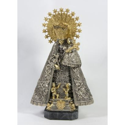 Virgin of the helpless in silver.