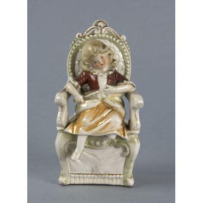 Figura en porcelana alemana, fin S. XIX-ppios. S. XX.