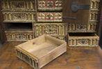 Muebles. Bargueño con taquillón, S. XVII.